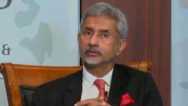 External Affairs Minister S Jaishankar has hit out at Pakistan over the Kashmir issue. Speaking at a center for Strategic and International Studies think tank, Jaishankar said that the decision to abrogate Article 370 was not taken lightly. He added that some vested interests within and across the border have been hurt by the decision. Attacking Pakistan Jaishankar said that Pakistan's plans will fail if Jammu & Kashmir moves towards the path of development. Remember, Imran Khan had recently raised the Kashmir issue at the UNGA.