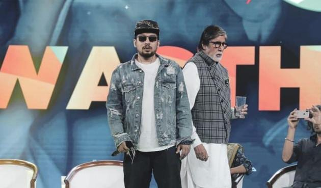 Amitabh Bachchan and Naezy shared the stage at an event recently.
