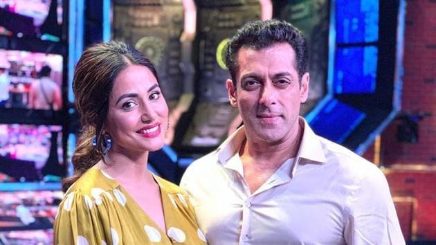 Hina Khan with Salman Khan on Bigg Boss 13 Weekend Ka Waar.