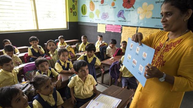 Holy Cross High school at Kurla in Mumbai. India's lack of a national language was borne less out of any principle of nation-building and more out of necessity.(Satish Bate/HT Photo)