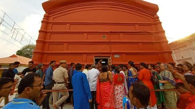 Devotees at the Tripura Sundari Temple near Agartala.(HT PHOTO)
