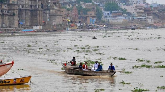 Our team will monitor the river water. This will include aspects like BOD (biological oxygen demand), dissolved matter and biological and chemical pollutants, said Alok Dhawan, director, CSIR-IITR.(Hindustan Times/Rajesh Kumar)