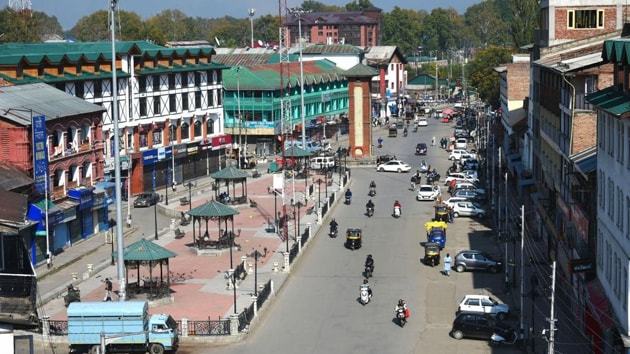 A view of Lal Chowk during restrictions in Srinagar. About 800 people, including top politicians, have been under detention since the Centre moved to revoke J&K's special status and to split the state into two Union territories in August. Around 250 of them have been shifted out of Kashmir.(PTI Photo)