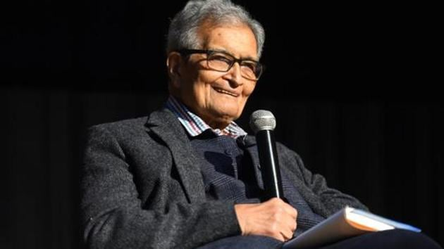 While talking about winners of Nobel Prize 2019, Amartya Sen, said I think that the prize has been given to the most competent persons.(Amal KS/HT PHOTO)