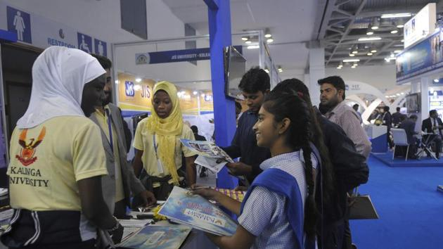 Kolkata students learn about career in hospitality at education expo organised by a Mumbai based education consultant. (Representational image)(HT file)