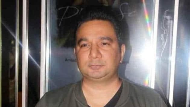 Ahmed Khan judges Nach Baliye 9 with Raveena Tandon.