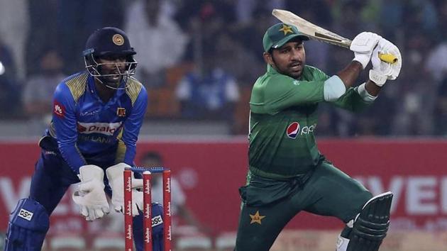 File image of Pakistan skipper Sarfaraz Ahmed in action against Sri Lanka.(AP)