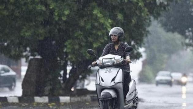 IMD scientists admit the pace of withdrawal has been unusual.(Burhaan Kinu/HT PHOTO)