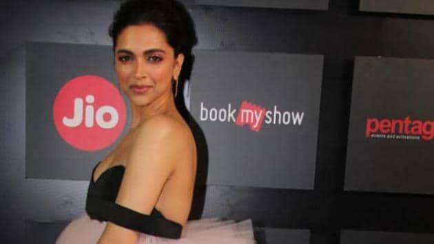Deepika Padukone at the opening ceremony event of the 21st MAMI Mumbai Film Festival.(Varinder Chawla)