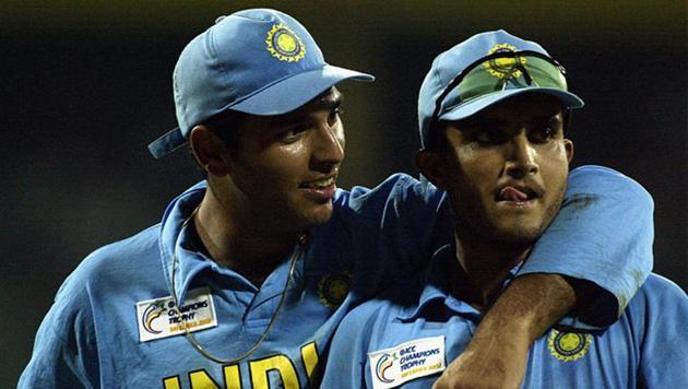 Yuvraj Singh (L) with Sourav Ganguly (R)(Twitter)