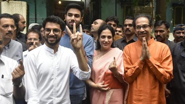 Shiv Sena Chief Uddhav Thackeray along with his wife Rashmi and sons Aditya Thackeray and Tejas Thackeray after casting their votes at a polling station in Bandra (East) in Mumbai. Uddhav Thackeray speaking to media urged people to come out and vote. Aditya Thackeray is contesting elections for the first time. The younger Thackeray is a candidate from Worli constituency. (Kunal Patil / HT Photo)