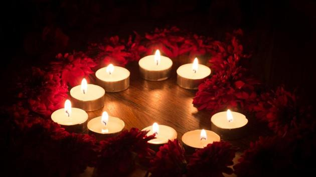 Diwali 2019: The lighting of diyas signifies the triumph of good over evil, and with all the prayers and people meeting with love in their hearts overall there is a bright and cheerful atmosphere.(Unsplash)