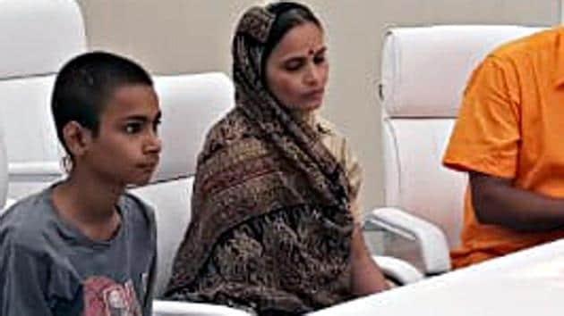 Kamlesh Tiwari's widow Kiran Tiwari will take over as the Hindu Samaj Party chief on Saturday.(ANI File Photo)