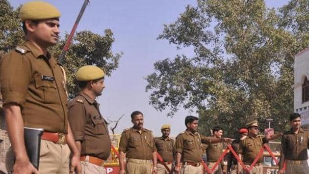 The number of VIPs — ministers, MPs, MLAs, judges, bureaucrats, and private individuals — getting police protection reduced by at least 16% between 2016 and 2017. (Photo by Deepak Gupta / Hindustan Times)