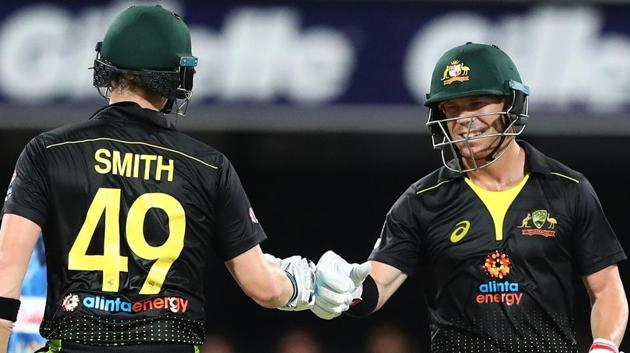 David Warner and Steve Smith react during a match.(cric.com.au/ Twitter)