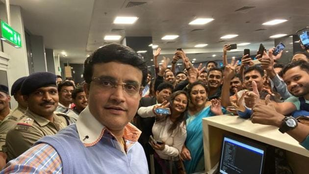 BCCI President Sourav Ganguly took a selfie with fans at Bangalore airport(Sourav Ganguly Twitter)