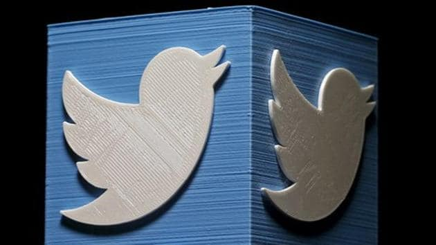 Democratic presidential candidates largely praised Twitter's decision Wednesday to ban all political advertising,(REUTERS)