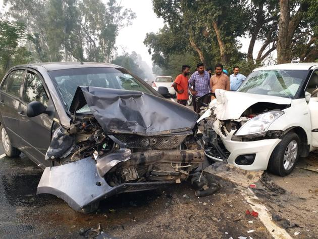 Mangled remains of the cars after accident in Machhiwara on Friday.(HT photo)