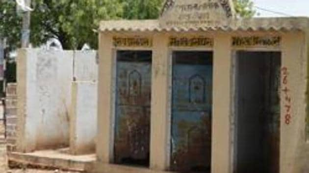 Government has built 100 million toilets covering 500 million people across 699 districts. (Representative image)(file Photo)
