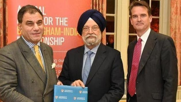 University of Birmingham's chancellor Karan Bilimoria (left) with Union minister Hardeep Singh Puri (centre).(Photo Credit: Hardeep Singh Puri / Twitter)