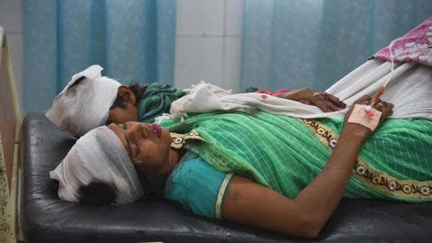 The injured under treatment at the civil hospital in Ludhiana on Sunday.(Gurpreet Singh/HT)