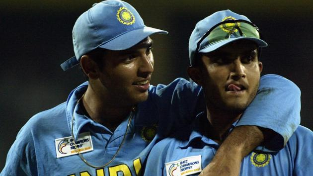 Yuvraj Singh and Sourav Ganguly of India celebrate after his victory.(Getty Images)