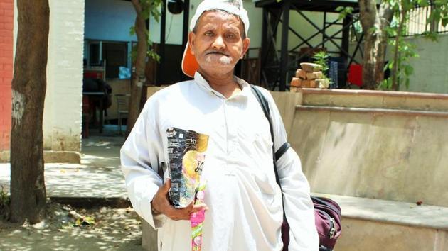 Help find Kirori Mal College's Tingu ji: The tale of the lost candy seller  - Hindustan Times