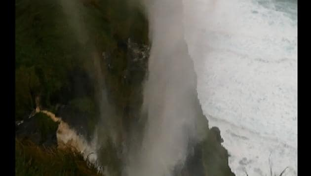 A clip posted by a Reddit user shows the waterfall on the Cliffs of Moher (on the Doolin side).(Reddit)
