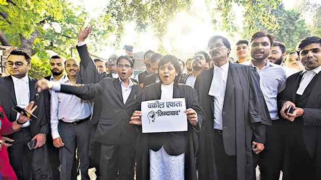 The lawyers had suspended their stir on Friday.(Amal KS/HT PHOTO)