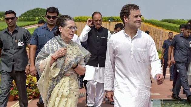 Congress President Sonia Gandhi with party leader Rahul Gandhi(PTI File)