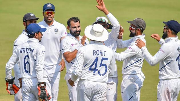 Indian bowler M Shami (C) celebrates the wicket of Bangladesh batsman Mahmudullah.(PTI)