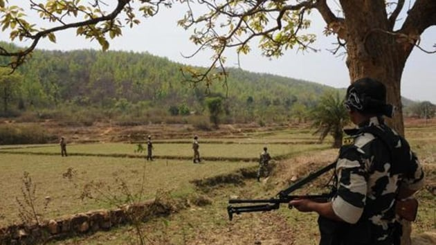 The IG said that they have alerted all security camps about the development and searches are being conducted in nearby areas and all suspicious hideouts for presence of any such objects.(HT file photo)