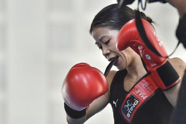 Mary Kom during the practice session at IG Stadium, in New Delhi.(PTI)