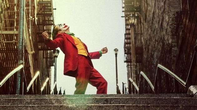 Joaquin Phoenix will reportedly reunite with Todd Phillips for a Joker sequel.