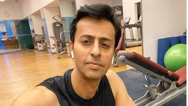 Salim Merchant has alleged that Yash Raj Films have not paid dues for past four years, adding he is not alone.