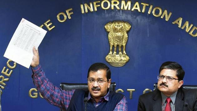 Delhi chief minister Arvind Kejriwal had said the issue was being 'politicised' even as he emphasised on how the number of localities in the city that complained of regularly receiving polluted water had reduced by around 95% in the last five years.(Raj K Raj/HT PHOTO)