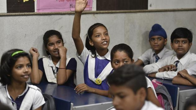 The state government order mentions that classes from 1 to 6 will be converted into English medium from the academic year 2020-21. (Representational image)(HT file)