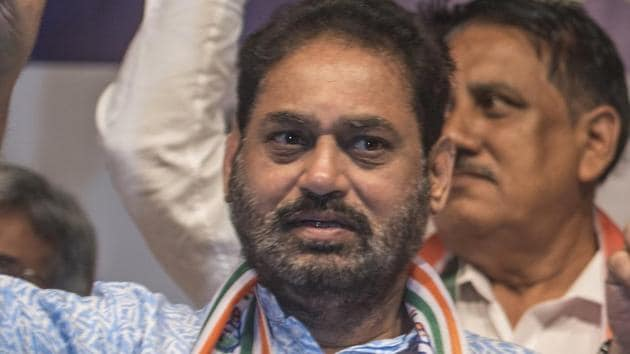 A file photo of Nitin Raut. The frontrunners among Dalits for the deputy CM's post are Nitin Raut, Varsha Eknath Gaikwad and Praniti Shinde, said a second party leader.(Satish Bate/HT Photo)