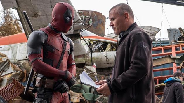 Ryan Reynolds and Tim Miller on the sets of Deadpool.