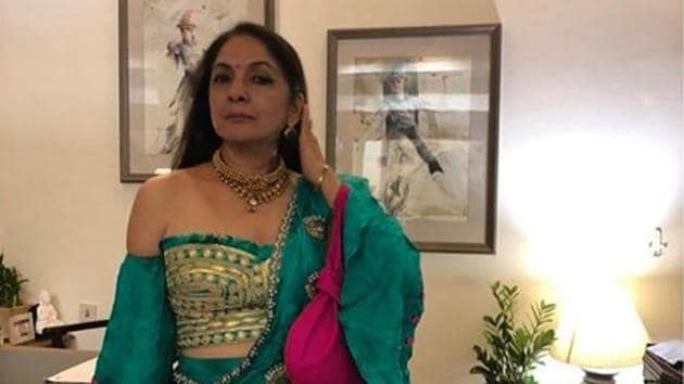 We love Neena Gupta in this green saree and an off-shoulder blouse.(Masaba Gupta/Instagram)
