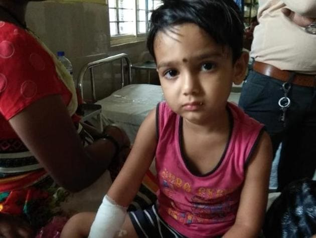 One of the injured children in the hospital.(HT PHOTO)