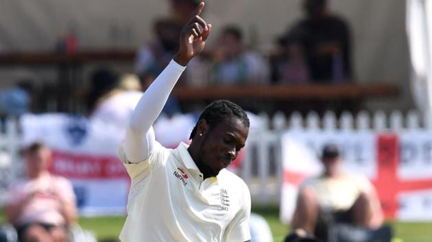 England's Jofra Archer celebrates taking the wicket of New Zealand's BJ Watling.(REUTERS)