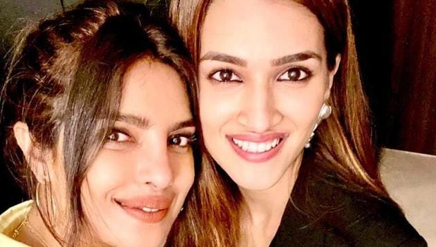 Kriti Sanon and Priyanka Chopra met at a party and discussed about their film characters Parvatibai and Kashibai, respectively.