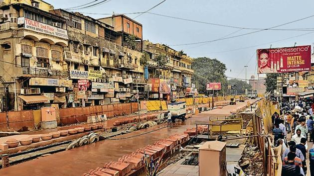 Work on the 300-metre stretch from Red Fort to Gurdwara Sis Ganj in Chandni Chowk was expected to be completed by November 30.(Sanchit Khanna/HT PHOTO)