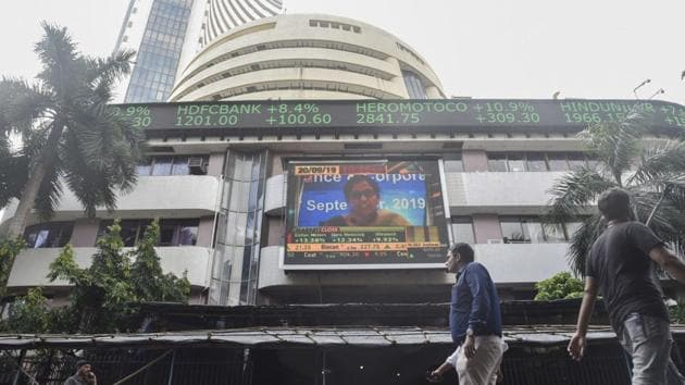On Tuesday, the Sensex touched its all-time intra-day high of 41,120.28 before closing down by 67.93 points or 0.17 per cent at 40,821.30.(Hindustan Times file photo)