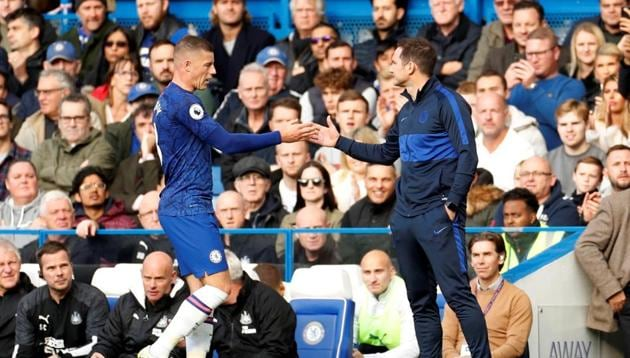 Chelsea's Ross Barkley with manager Frank Lampard as he is substituted.(Action Images via Reuters)