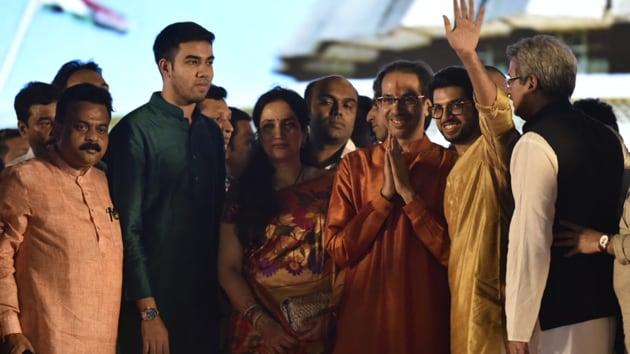 Chief minister Uddhav Thackeray along with his family during the swearing ceremony at Shivaji park in Mumbai on Thursday, November 28, 2019. (Photo by Anshuman Poyrekar /Hindustan Times)