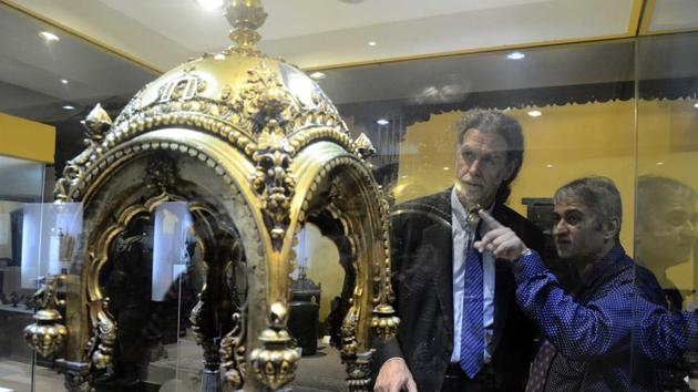 Over a dozen jewel-encrusted items were snatched from a German state museum in a spectacular heist.(HT Photo)