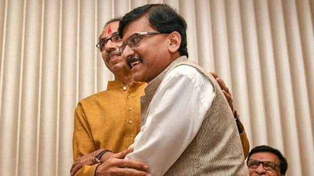 Shiv Sena President Uddhav Thackeray being greeted by party leader Sanjay Raut.(PTI Photo)