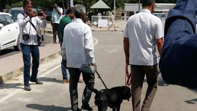 Bomb squads and sniffer dogs were employed in Tamil Nadu after a caller threatened to blow up DMK office in Chennai.(HT Photo/File/Representative)